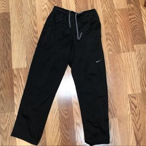 Thick Black Nike Thermo-Fit sweat pants Men Small
